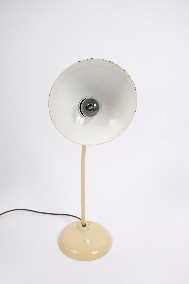 Christian Dell Kaiser Idell Model 6556 Super Bordlampe Elfenbensfarvet #9707